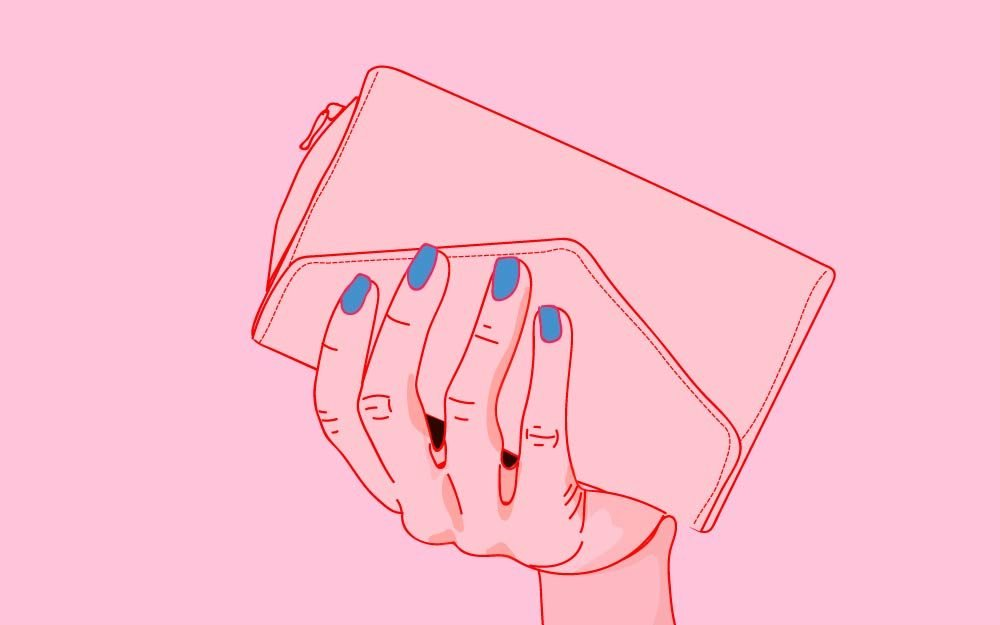 What-the-Way-You-Hold-Your-Handbag-Says-about-You