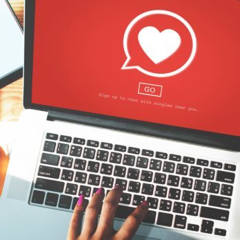 Science Just Proved That Online Dating Is a Waste of Your Time—Here's Why