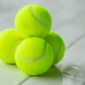 Why-You-Should-Always-Fly-with-a-Tennis-Ball-in-Your-Carry-On_523522210_Nuk2013-ft