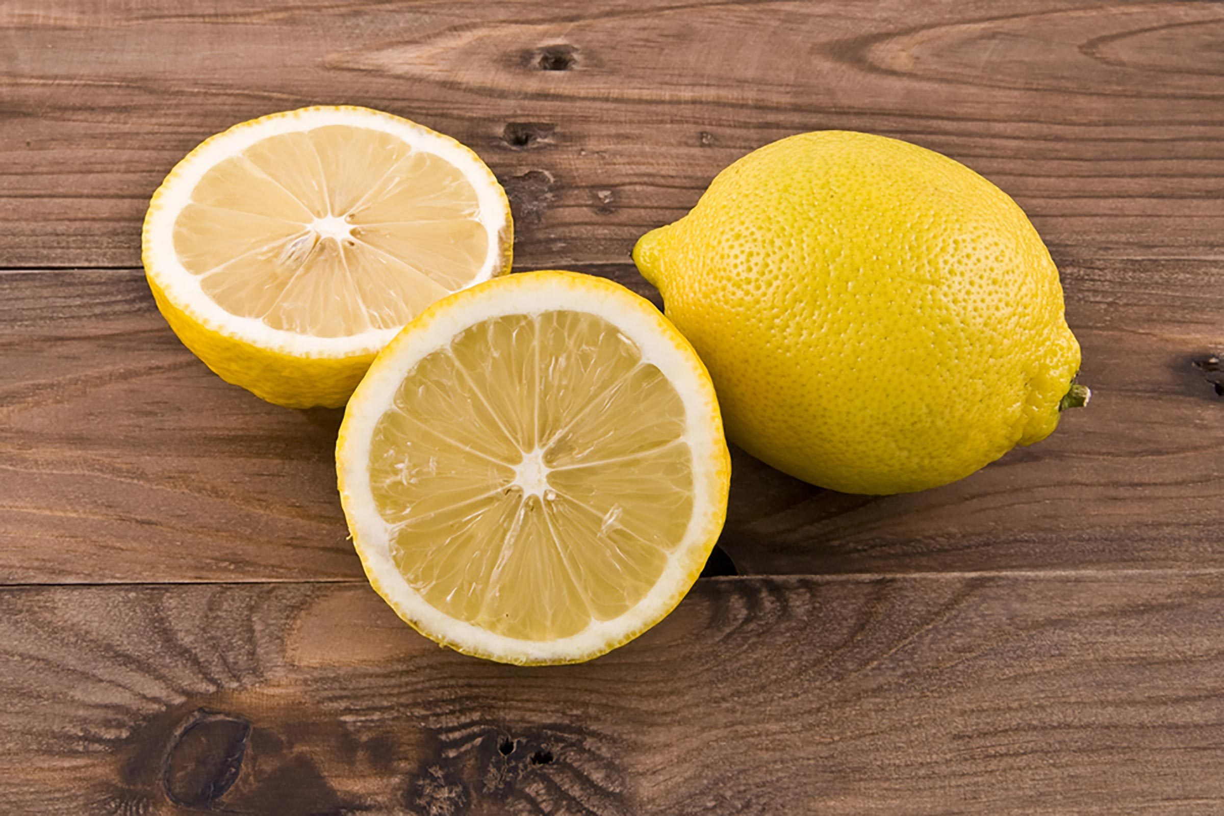 This Is Why You Should Be Keeping a Lemon on Your Nightstand | Reader's  Digest
