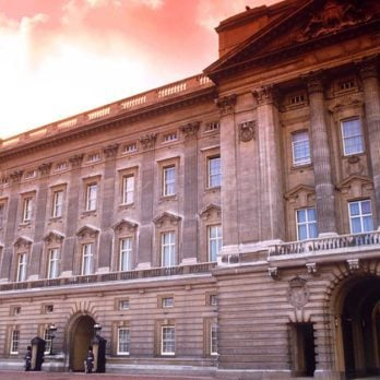 12 Rarely Seen Photos of Buckingham Palace