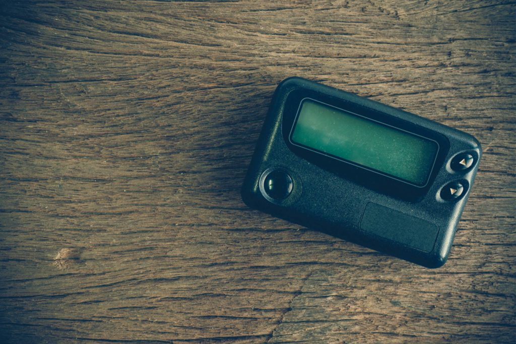 why hospitals and doctors still use pagers reader s digest