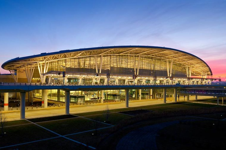 01-step-inside-the-airport-rated-best-in-north-america-Courtesy-Indianapolis-International-Airport-ft