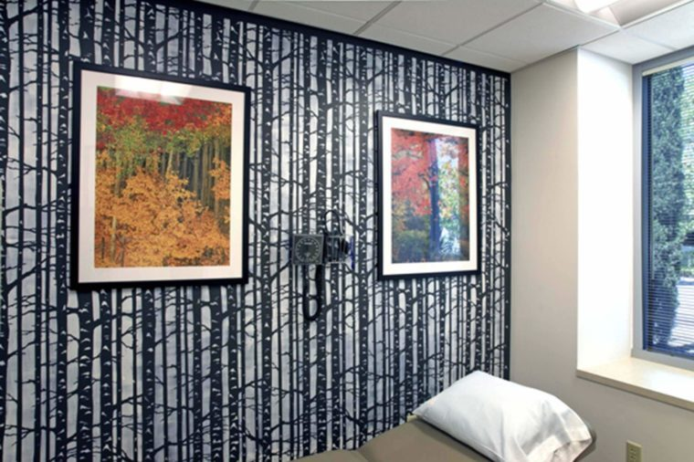 Meet-the-Woman-Who-Renovates-Chemotherapy-Rooms-to-Brighten-Cancer-Patients