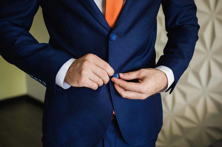 suit_rich people secrets