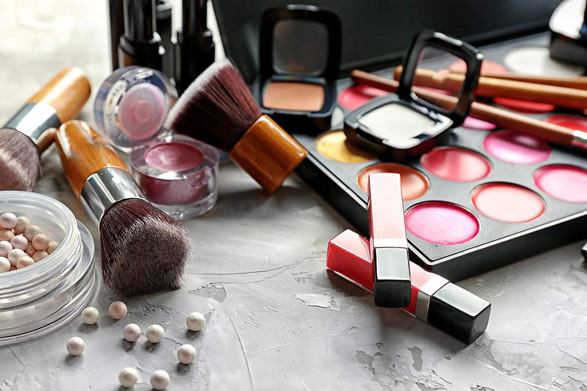 56a8fc4618320 9 Surprising Things You Don t Realize Are Causing Dark Under Eye Circles