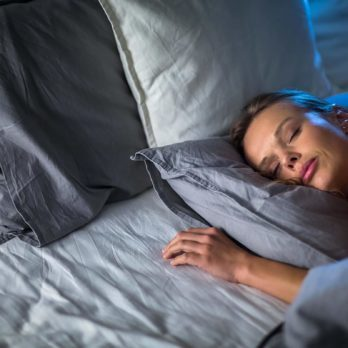 8 Simple Ways You Can Get Smarter While You Sleep