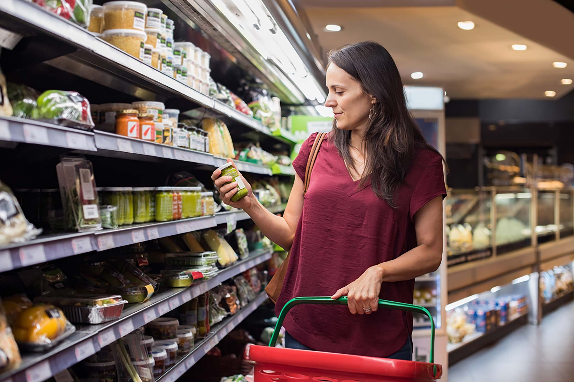 14 Organic Foods Nutritionists Don't Waste Their Money On