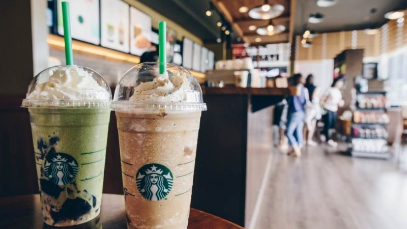 The-Real-Reason-Why-Starbucks-Coffee-Sizes-Aren't-Small,-Medium,-and-Large_669899482_EDITORIAL_Boyloso-ft