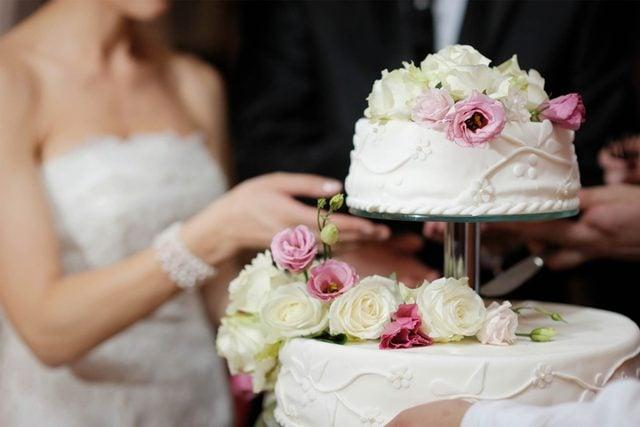 These-Hidden-Secret-Behind-Wedding-Cakes-64039753-MNStudio