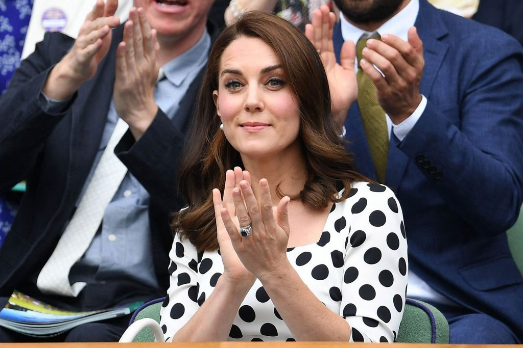 You'll-Never,-Ever-See-Princess-Kate-Wear-Nail-Polish—Here's-Why_8886517ab_EDITORIAL_James-GourleyREX