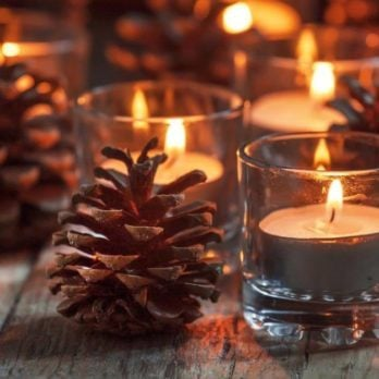 10 Holiday Decorating Mistakes That Could Put Your Family in Danger