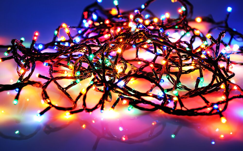 6e6d4454bf55 11 Holiday Lighting Tips to Have the Best Display in the Neighborhood