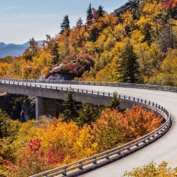 10 Fun Ideas for a Beautiful Family Fall Weekend Getaway