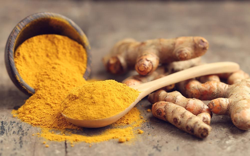 Turmeric's Benefits For Your Skin and Hair | Reader's Digest