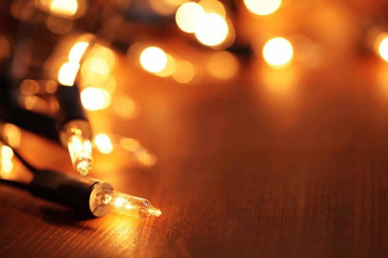 String Lights Fire Hazard : Holiday Decorating Mistakes That Put Your Family in Danger Reader s Digest - Reader s Digest