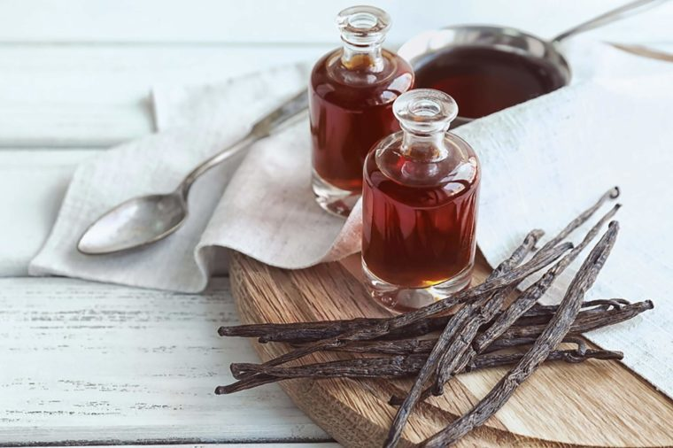 08_Vanilla__Foods-That-Never-Expire_692035930-Africa-Studio-760x506 - 9 Foods You Won't Have to Ever Worry About Expiring - Health and Food