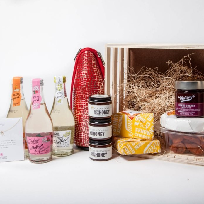 The Ultimate Guide to the Right Hostess Gifts for Every Occasion