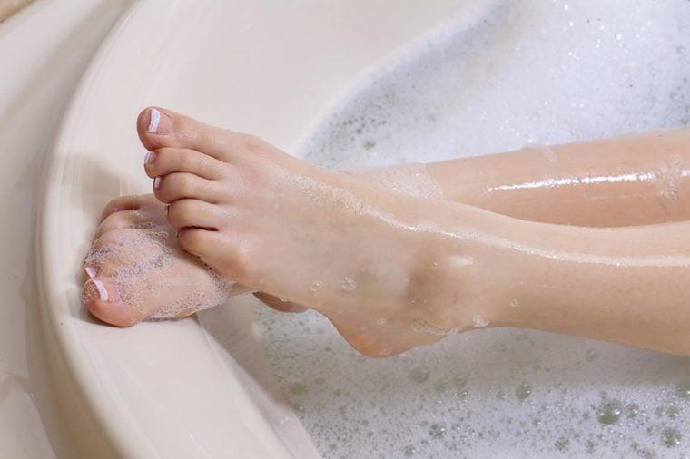 Surprising Benefits of Taking an Epsom Salt Bath | Reader's Digest