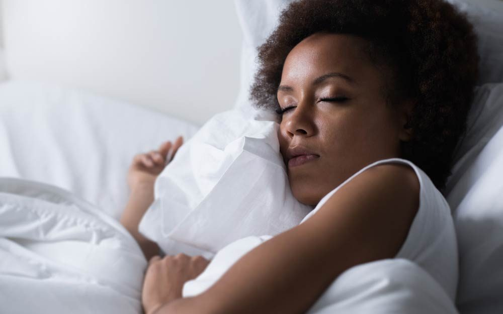 The-One-Sleep-Position-That-Could-Prevent-Alzheimer's,-According-to-Science_555427036_Stock-Asso-ft