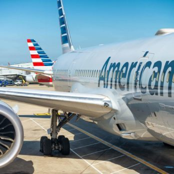 This American Airlines Scheduling Glitch Might Ruin Your Holiday Travel Plans