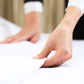 The Real Reason Hotels Use White Sheets