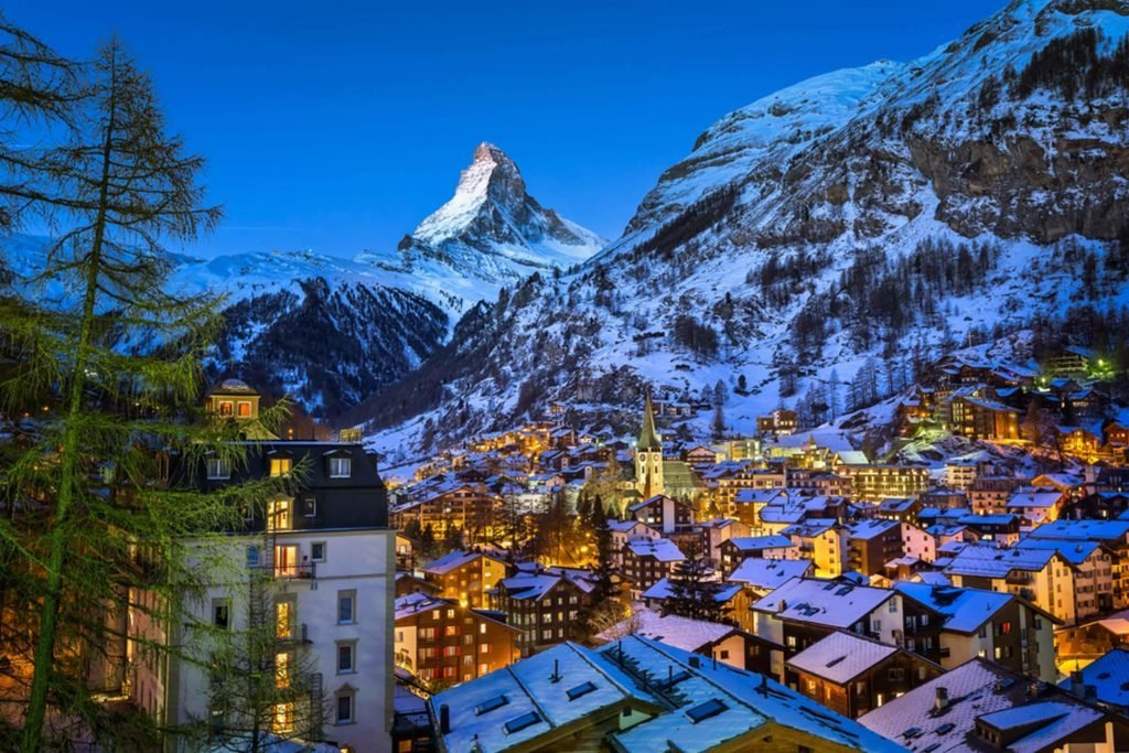 The Town Of Albinen In The Swiss Alps Will Pay You 25 000