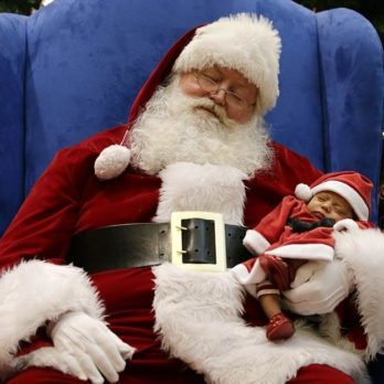 10 Hilarious (and Heartbreaking) Stories About Meeting the Mall Santa Claus