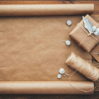 8 Things Every Traveler Needs to Know Before Traveling with Gifts