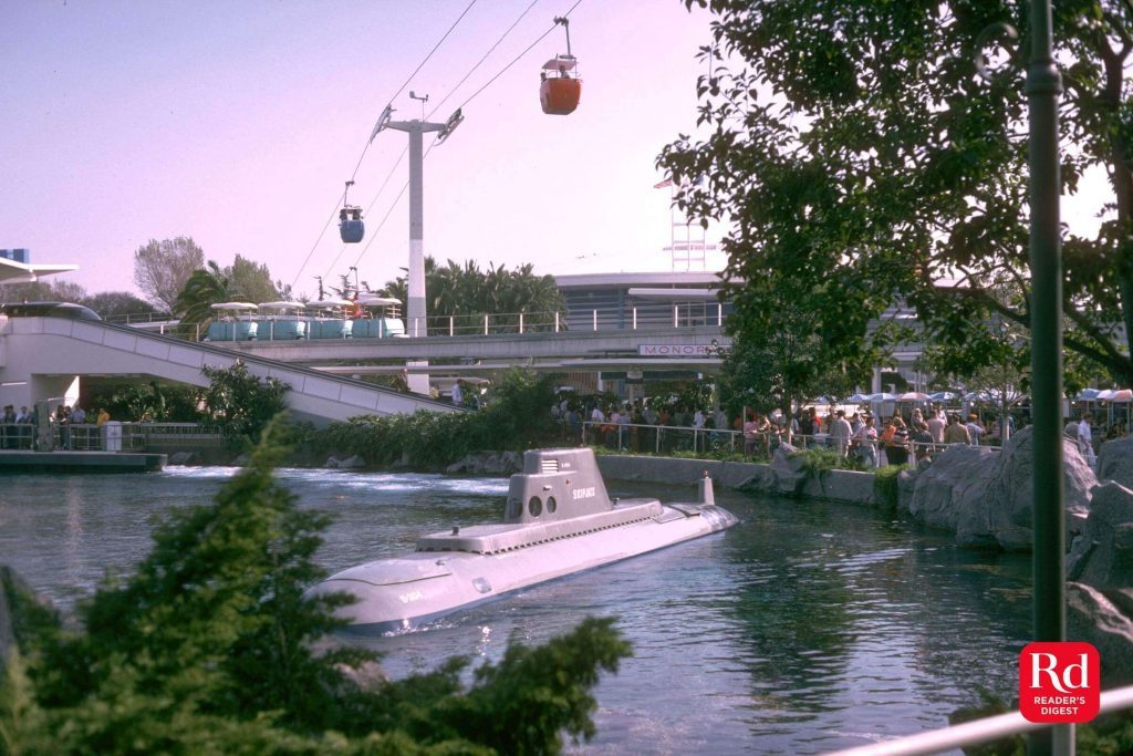 01-Submarine-Discontinued-Disney-rides-Courtesy-Werner-Weiss_Yesterland-1969