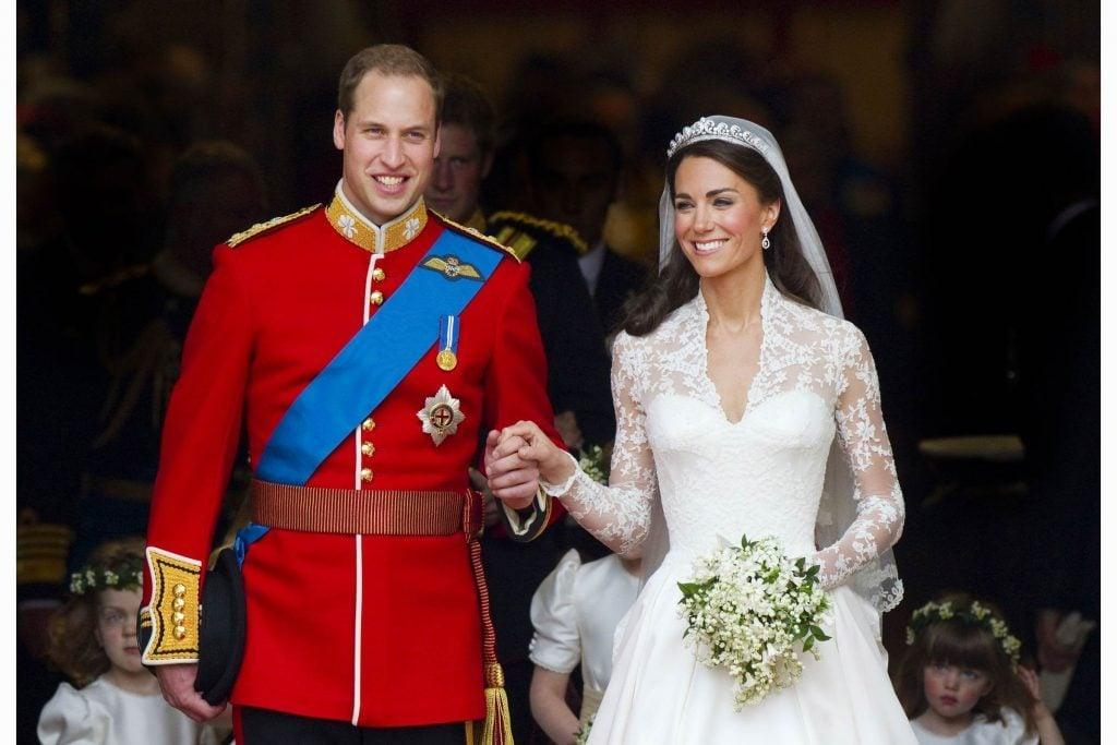Kate middletons wedding dress had a secret messagebut no one knew kate middletons wedding dress had a secret message junglespirit Images