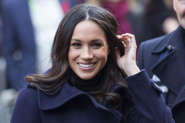 The-One-(Totally-Affordable!)-Beauty-Product-Meghan-Markle-Never-Flies-Without_9253447j_EDITORIAL_Rupert-HartleyREX