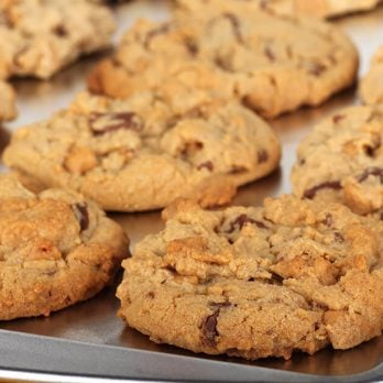 The Only Two Ingredients You Need to Clean Dirty Baking Sheets