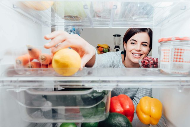 The-Two-Foods-You're-Probably-Not-Refrigerating—But-Totally-Should_603106244_Stokkete