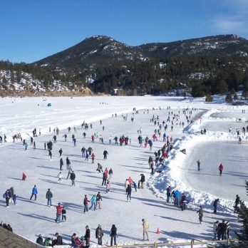 8 Beautiful Natural Ice Skating Rinks Around the World