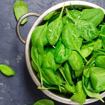 The Scary Reason You Might Want to Switch to Organic Spinach