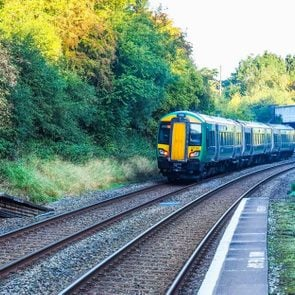 this-is-why-the-uk-runs-empty-ghost-trains-every-day-EDITORIAL-544269700-Claudio-Divizia-ft