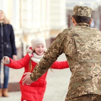 This Soldier's Long Walk Home Was the Best Christmas Present for His Little Girl
