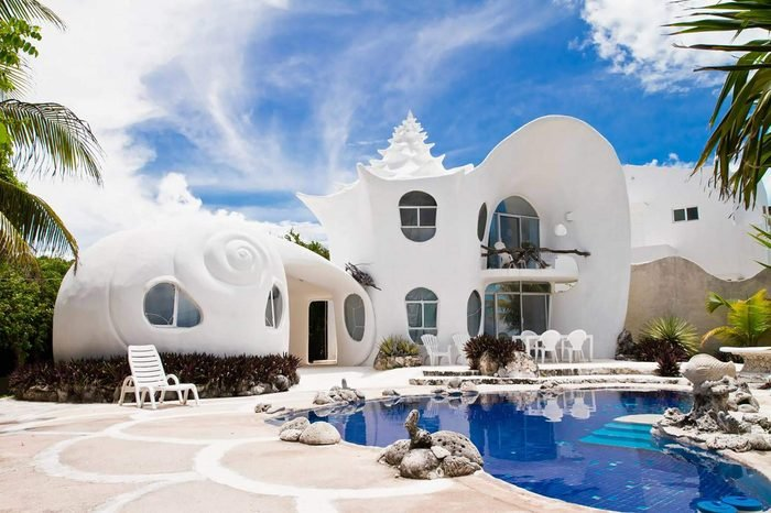 Wacky-Places-You-can-Rent-on-AirBNB