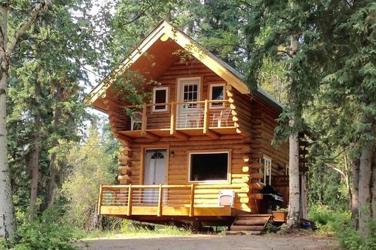 The most popular airbnb in every u s state reader 39 s digest for Alaska cottage