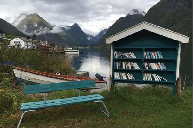 05-water-this-small-norwegian-town-turns-abandoned-buildings-into-bookstores-courtesty-Jennie-Santoro