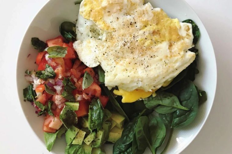 What-Fit-Women-Actually-Eat-for-Breakfast