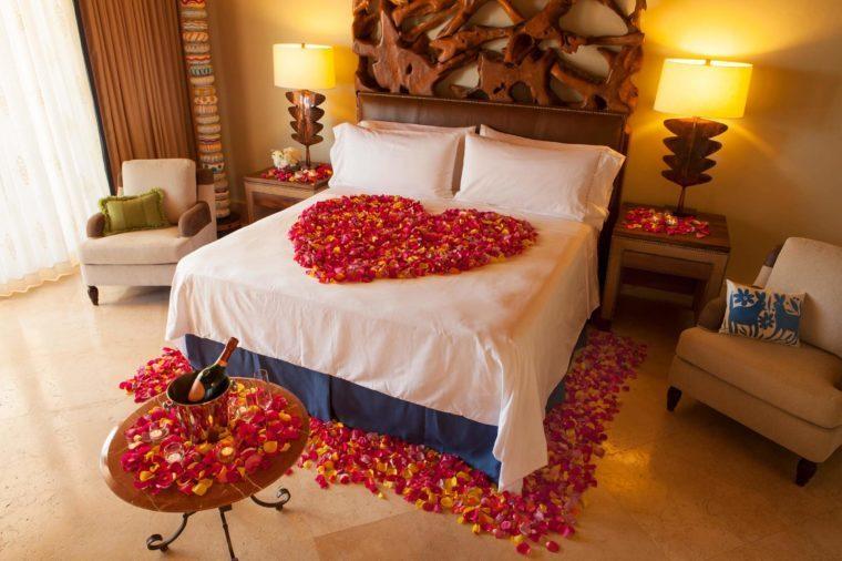 Romantic weekend getaways to celebrate valentine 39 s day for Romantic hotels for valentine s day
