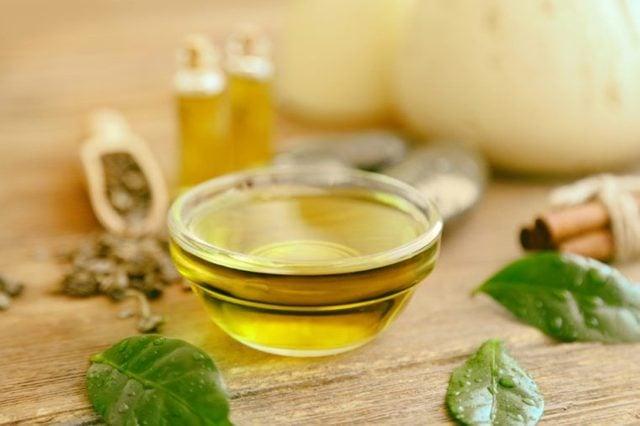 Tee-tree-oil