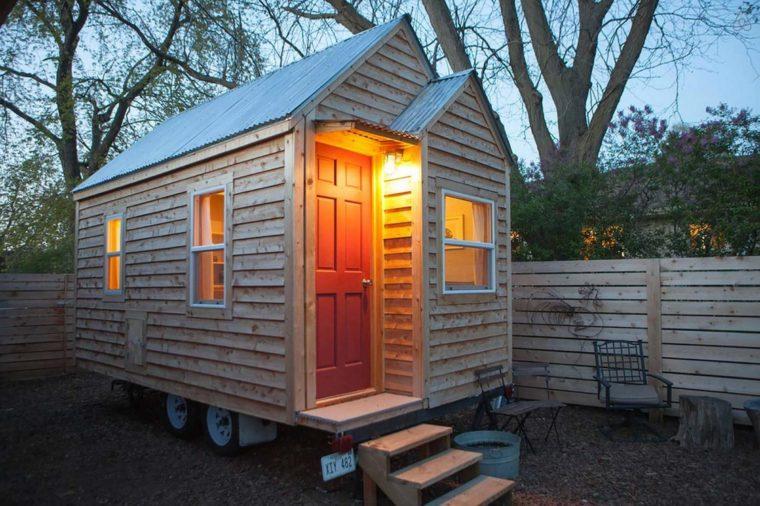 Nebraska A Chic Tiny House In Omaha