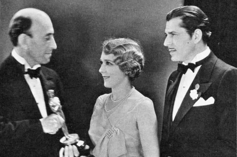 FILM STILLS OF 'COQUETTE' WITH AWARDS - OSCARS, 1929, ACCESSORIES, AWARDS - ACADEMY, WARNER BAXTER, BEST ACTRESS, WILLIAM C DeMILLE, OSCAR (ACADEMY AWARD STATUE), MARY PICKFORD, OSCAR RETRO, HOLDING AWARD, OSCAR (PERSONALITY) IN 1929 1929