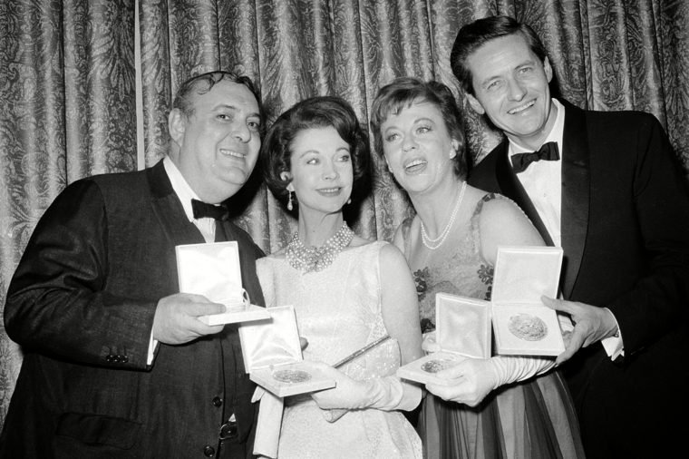 """Mostel Leigh Hagen Hill Tony award winners, from left, Zero Mostel, Vivien Leigh, Uta Hagen and Arthur Hill pose with their medallions presented by the American Theater Wing during the Tony Awards in New York City on . Mostel won best actor in a musical for """"A Funny Thing Happened on the Way to the Forum."""" Leigh won best actress in a musical for """"Tovarich."""" Hagen and Hill won best actress and actor, respectively, in a drama for """"Who's Afraid of Virginia Woolf 28 Apr 1963"""