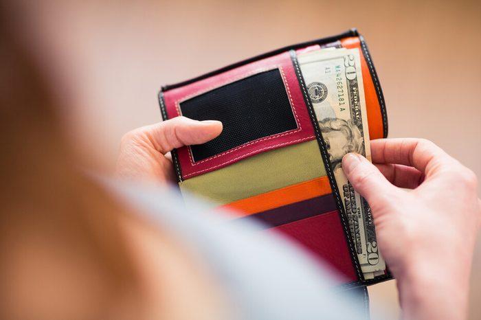 Wallet_rich people secrets