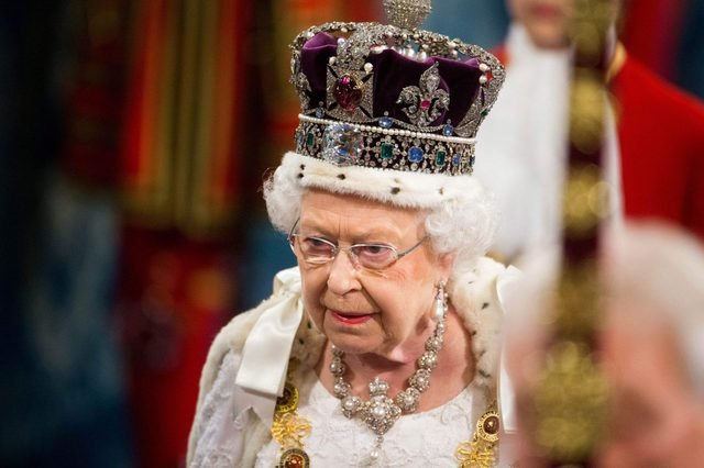 The-Royal-Family-Once-Hid-Its-Crown-Jewels-in-a-Cookie-Tin—Here's-Why_5689090aj_REX