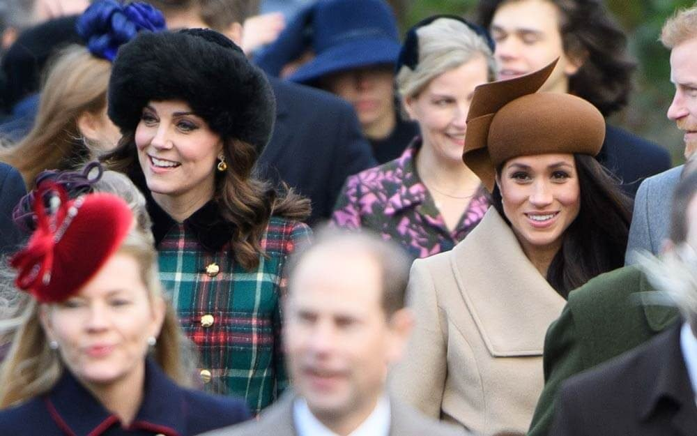 The-Subtle-Difference-Between-All-of-Meghan-Markle-and-Kate-Middleton's-Photos_9301018s_Tim-RookeREX-ft